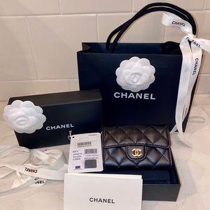 Chanel classic mini card holder (New)